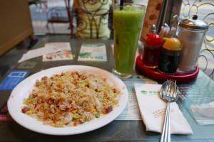 楊州炒飯とライムシャーベット