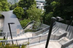 11長い階段